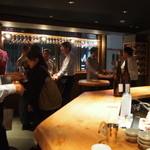 純米酒専門YATA - 店内写真