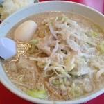 らーめん弁慶 浅草本店 - ラーメン+味玉(脂多め)