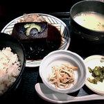 沖縄食堂 ちゃんぷる亭 - ラフティー定食