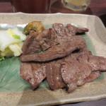 牛タン圭助 - 牛タン炭火焼き