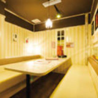 大小個室完備!レトロ空間