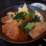 弐 - 料理写真:大将気まぐれ海鮮丼