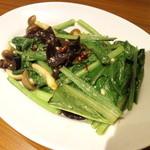 32510453 - 季節の青菜炒め・430円