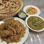 インド・パキスタン料理 ホット・スプーン - 探偵の食卓