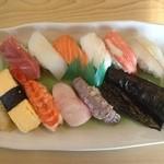 32516702 - たっぷり寿司ランチ