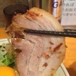 豚星。 - 650えん『小ラーメン』+80えん『汁無しそば』2014.11