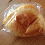 杉村ベーカリー - クリームパン
