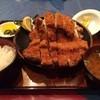 赤門新館 - 料理写真:スーパージャンボとんかつ