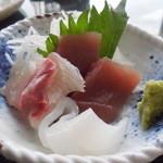 葉山港湾食堂 - お刺身三種