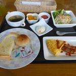 カラーズ - 洋朝食700円(外税)