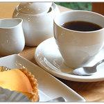 お花茶屋 - タルトとコーヒーのセット