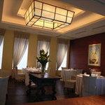 レストラン サンパウ - 落ち着いた雰囲気の内装