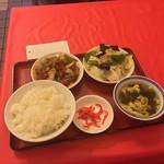 大喜 - 本日の定食 八宝菜、酢豚