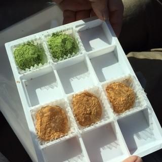 雪国のだんご屋 団平 - 料理写真:1箱12個入り 1520円。