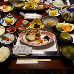 湯の里 葉山 - 朝食ガッツリ