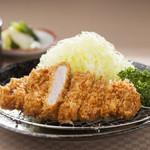 とんかつ&スパゲティ ダイニング ピエトラ - 料理写真:ロースかつ定食 780円~