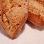 ハナカゴ - ライ麦パン
