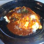 ボラーレ - ミートソースオムライス850円 隣の人が食べてたカレーが気になる。