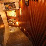MUBU - 期待感いっぱいの入り口階段