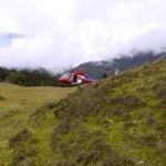 クンビラ - 毎年行く、ヒマラヤへの仕入れは、たまにヘリコプターも使います