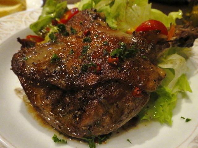 ビストロ ルボングー - 伊江島産合鴨もも肉のコンフィ