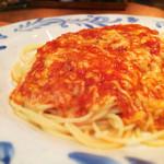 トラットリア さと - とろけるチーズとトマトのスパゲティ