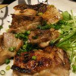 博多赤虎 - 若鶏の炭焼ガーリック醤油