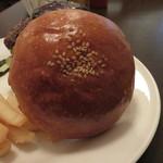 32589496 - バンズ。天然酵母パンです。
