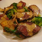 ビストロ ラ キュイジーヌ - オーストリア産牛肉のステーキ