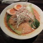 天虎 - ●担豚麺+味玉