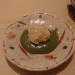 鮨よしたけ - アワビ蒸しの肝は残りに酢飯を入れて食べる