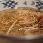 伝丸 - 伝丸 百万遍店の肉つけ麺のつけ汁(14.11)