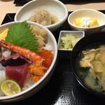 灯火 - ランチの海鮮丼御膳1500円