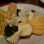 ヘルメスワインコーナー - チーズ盛り合わせ