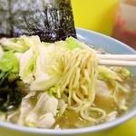大黒家 - 麺は細麺