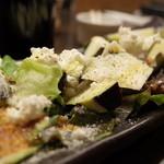 32605215 - 京都ダイナーの水ナスとフレッシュチーズのサラダ500円(14.04)