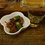 森川酒店 - 小鉢とグレンフィディク