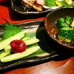 木村屋本店 - 胡瓜の浅漬け&胡瓜の梅肉のせ