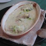 海猫軒 - ヤズの白ワイン、ミルクソース、チーズ風味です。