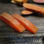 和 - 自家製燻製盛合せ:サーモン、岩中豚、明太子、カマンベール・チーズ、合鴨1