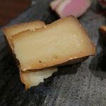 和 - 自家製燻製盛合せ:サーモン、岩中豚、明太子、カマンベール・チーズ、合鴨4