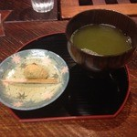 酒肴人 三昧人 - にぎやかおばんざい定食<限定10食>(990円)のお茶菓子