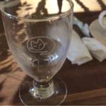 32622946 - ネコの絵柄のグラス