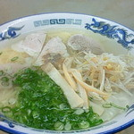 32623173 - ワンタン麺