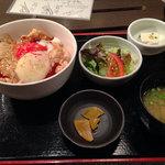 32623972 - 日替わり定食700円 2014/11撮影