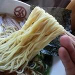 らーめんのくち - 醤油らーめん麺リフト
