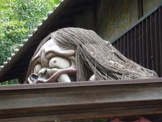 鬼太郎茶屋 深大寺店 - 屋根の上にはこんな妖怪