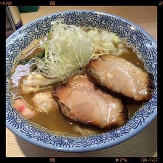 らー麺土俵 鶴嶺峰 - らー麺に眠りチャーシュー 850円