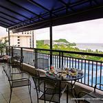 Royal Club Lounge -