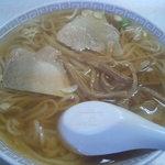 新京亭 - 中華そば600円
